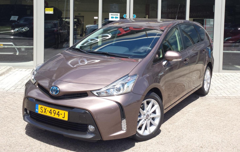 Mengelers Lentepakkers - Toyota Prius+