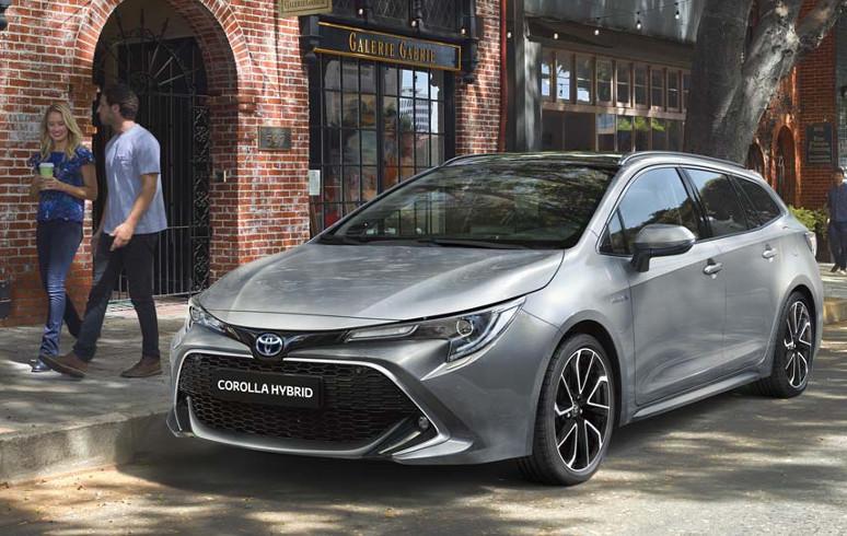 Toyota Corolla Touring Sports € 1250 ,- High Power Hybrid voordeel