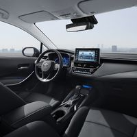 Corolla-interior-v05-rgb-lr-956266