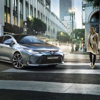 Toyota-corolla-sedan-2019-gallery-06-full tcm-22-1559727