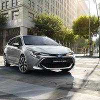 Toyota-corolla-touring-sports-2019-gallery-03-full tcm-22-1553854