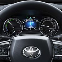 Toyota-camry-2019-gallery-17-full tcm-17-1592450