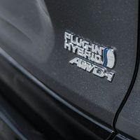 12-Toyota-prijst-hybride-topmodel-RAV4-Plug-in-Hybrid
