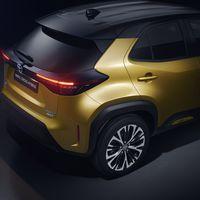 Mengelers Automotive modellen - Toyota Yaris Cross rechtsachter
