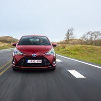 117-Toyota-Yaris-Hybrid-2017