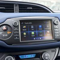 68-Toyota-Yaris-Hybrid-2017