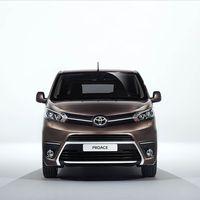 Toyota-PROACE-VERSO-01032016-13