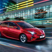 Toyota-Prius-2015-exterior-tme-001-a-full tcm-22-590352