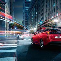 Toyota-Prius-2015-exterior-tme-004-a-full tcm-22-590358