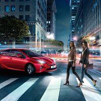 Toyota-Prius-2015-exterior-tme-007-a-full tcm-22-590365