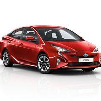Toyota-Prius-2015-exterior-tme-012-a-full tcm-22-590371